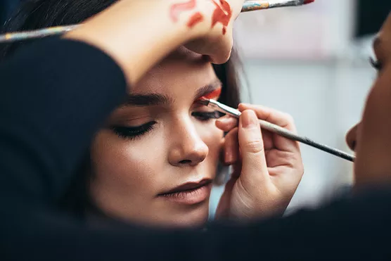 M&Aを検討する場合、一定期間をかけて会社の「お化粧」をする必要がある