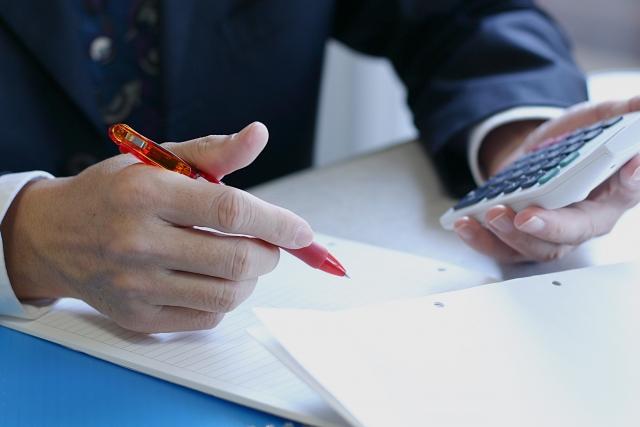 親族承継の場合の経営者が行う事業承継の3つの方法