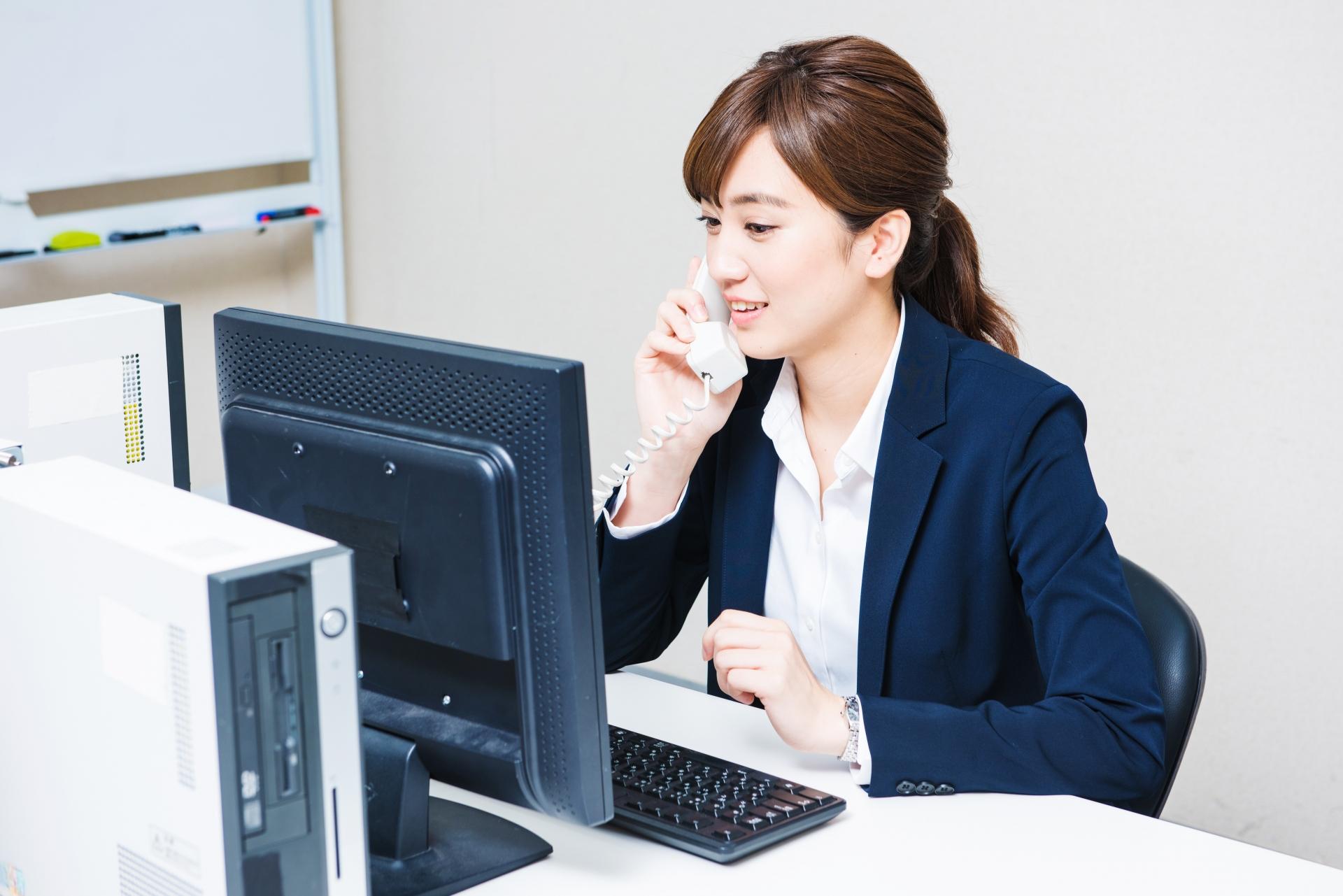 【事業承継】中小企業が取り組む際の手順や注意点、費用相場について紹介